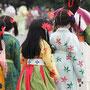 平安時代婦人列の童子と童女