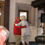 ein Tänzchen zur Live-Musik im Hotel