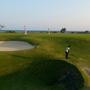 前浜ビーチに隣接のゴルフコース