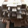 設計した通りの寸法で木材は事前に継手・仕口を加工してあります。これをプレカットと言います。工場で専用機械で正確に加工してあります。