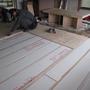 その上に針葉樹合板を貼っていきます。
