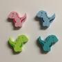 Dino Motivperle / Farben: Babyrosa, Babyblau, Gelbgrün, Türkis
