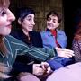 Annette, Alain, Michel und Véronique im Gespräch.
