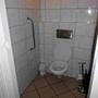 Behindertentoilette auf der Damentoilette. Allerdings ist das Restaurant nicht völlig rollstuhlgerecht.