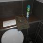 """Na dort! Doch Hygiene sieht anders aus. Denn Handtücher auf """"öffentlichen"""" Toiletten sind ein No Go."""