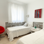 Bedroom 3 - two single beds - lower apartment - ABAJO