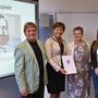 Religionslehrer Otto Lomb, Staatsministerin Puttrich, Schulleiterin Tschakert, Schülerin Annika Gruber
