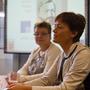 Schulleiterin Jutta Tschakert, Ministerin Lucia Puttrich