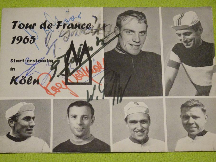 Postkarte mit deutschen Radhelden (inkl. einiger Autogramme) anlässlich des Starts 1965 in Köln