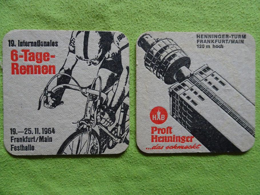 Auf dem 1964er Bierdeckel vereinen sich die beiden Frankfurter Radsport-Highlights: Sechstagerennen und Henninger Turm