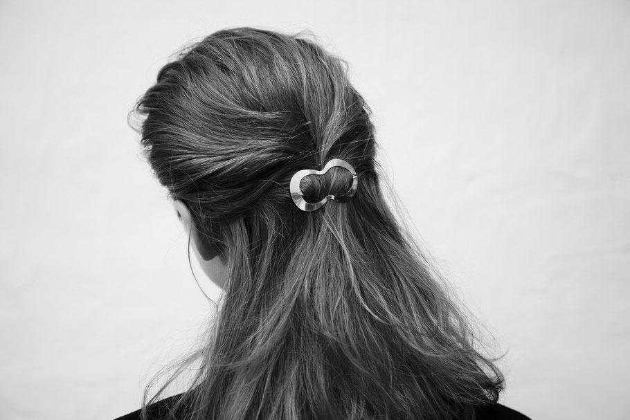 CLINQ Edition #01: LINA; contemporary hair jewelry; hair clips
