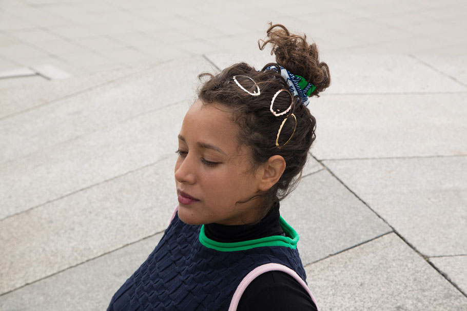 CLINQ Edition #08: MAYA; contemporary hair jewelry; hair clips; barrettes