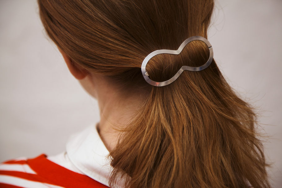CLINQ Edition #01: PINA; contemporary hair jewelry; hair clips
