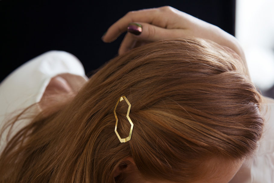 CLINQ Edition #01: BIA; contemporary hair jewelry; hair clips