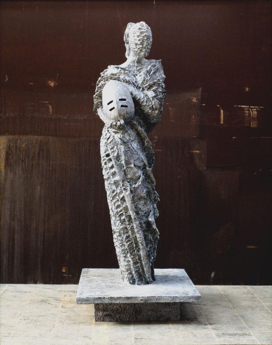 Judith, 1998, bronze VIII/VIII, 225 x 98 x 98 cm, Place Albert I, Bruxelles, Belgique