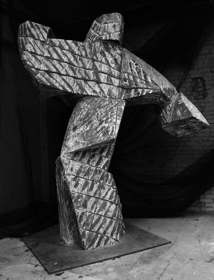 Orphée, 2014, bronze II/III, 320 x 280 x 170 cm © Mathilde de Torhout