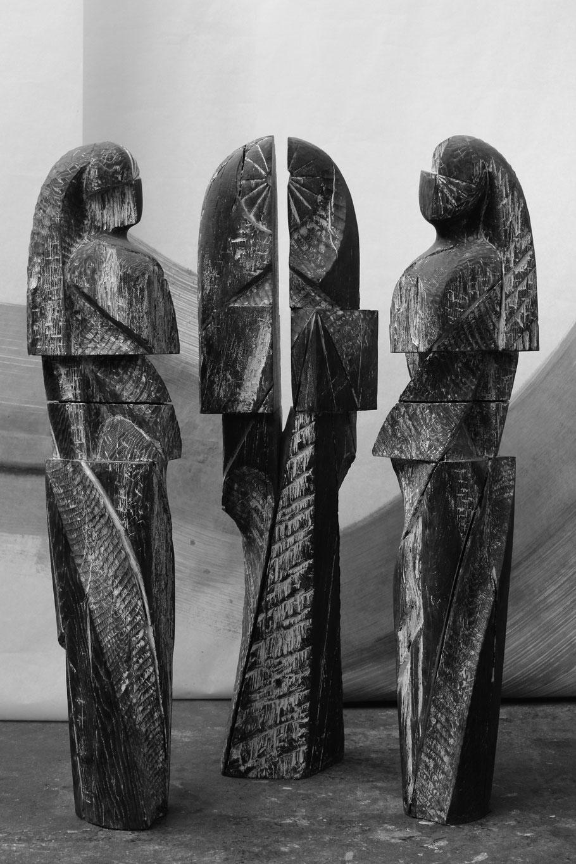 Les Grées, 2014, bronze I/III, 230 x 55 x 55 cm © Mathilde de Torhout