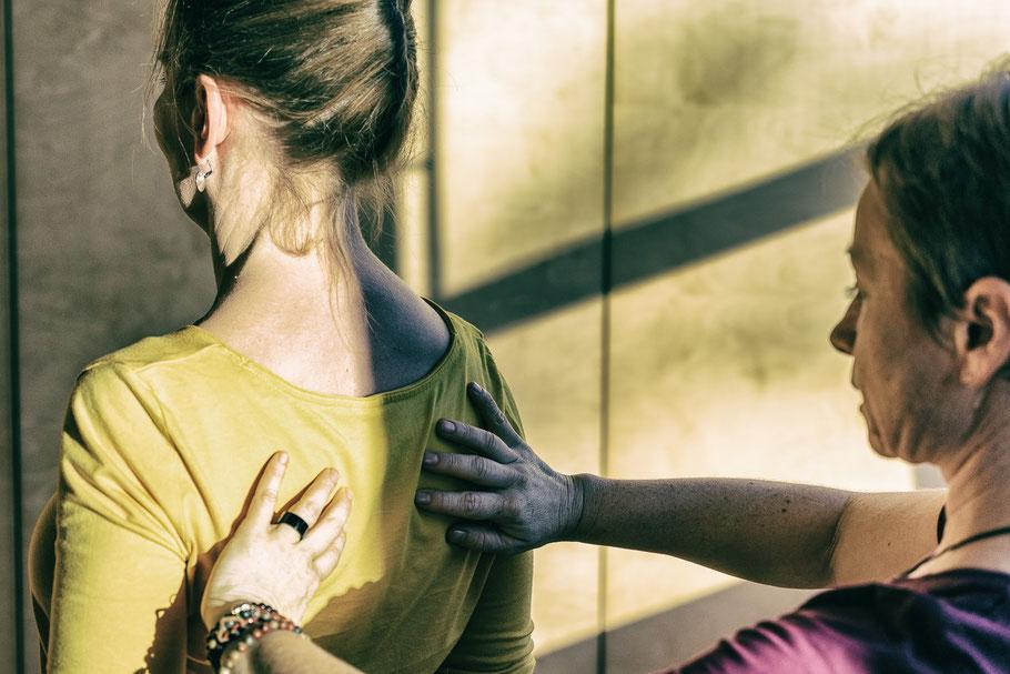 Symbolfoto für Einzelyoga, individuelles Yoga, Haltungs-, Gang- und Laufanalyse; MANYO Yoga