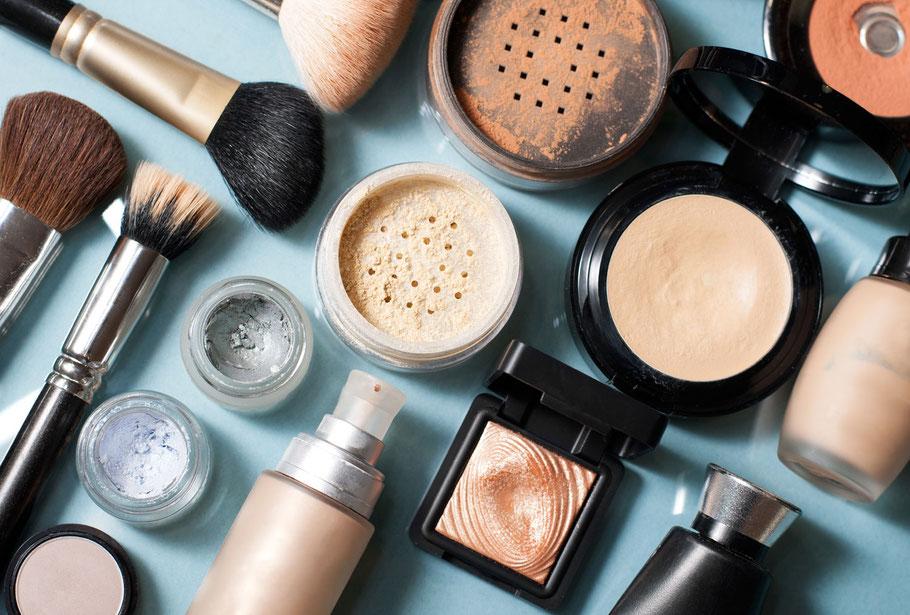 Infinity Kosmetik, Rotkreuz Risch, Zug, Schönheit, Wohlbefinden, Make-Up, Makeup, Make up, Schminken, Hochzeit, Behandlung, Produkte, Gesicht, Hände, Nagel, Haarentfernung
