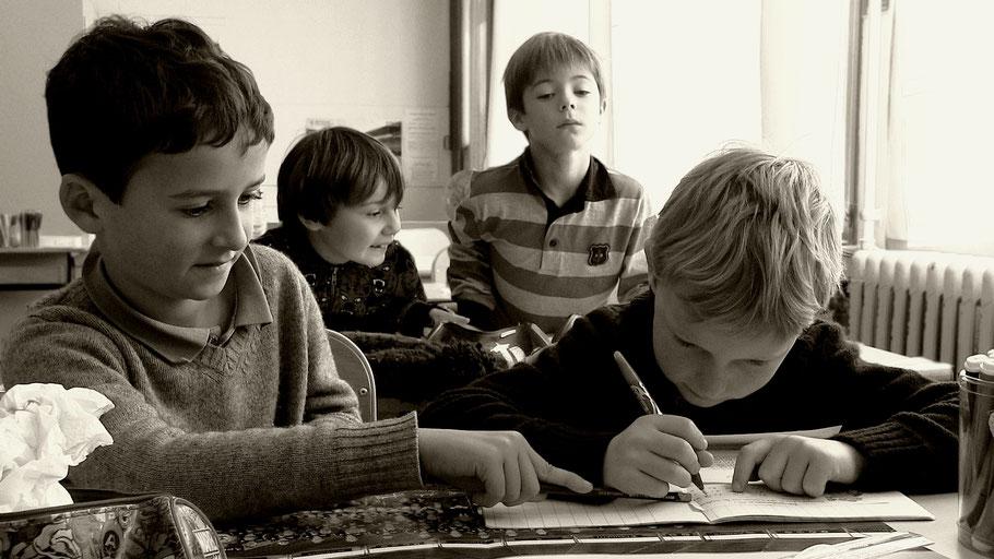 Projet scolaire - Domaine des arts photographiques - Parallèle avec les photos d'époque de Robert Doisneau - Droits à l'image validés