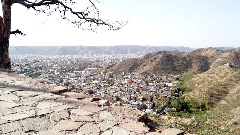 Vue de Jaipur - Chemin du temple des Singes