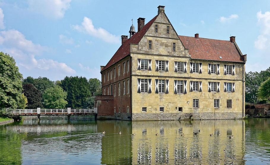 Oslo: Photo by Arvid Malde on Unsplash