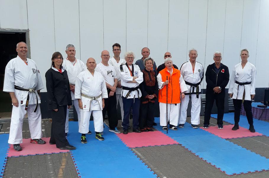 """Lehrgang der """"Nederlandse Federatie voor Kriejgskunsten"""" (NFK) mit GM Erich B. Ries von der KKKO in Eindhoven/Niederlande!"""