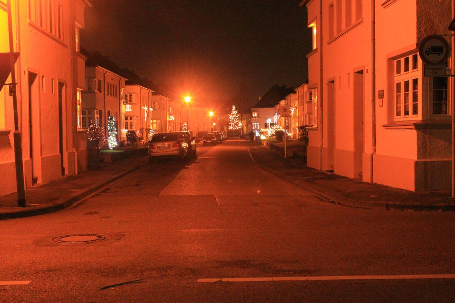 Ganz in der Nähe unseres Hauses befindet sich diese Siedlung, die jedes Jahr in ein Weihnachtswunderland verwandelt wird.