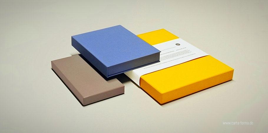Prägestempel für Bücher, Verpackung mit Blindprägung