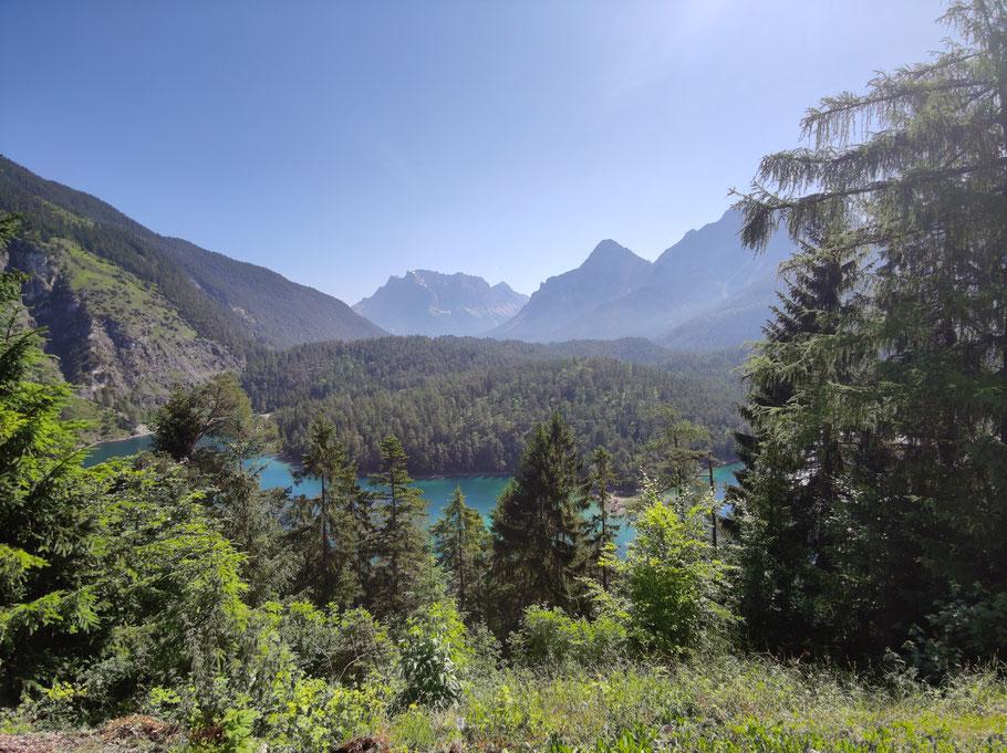 Fernpass Tirol Blindsee Zugspitzblick