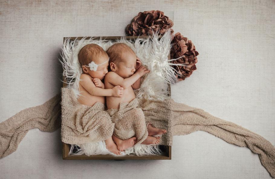 Babyshooting-Neugeborenenshooting-Fotograf Schloß Holte-Fotograf Bielefeld-Babyfotograf-Neugeborenenfotograf-Babybilder Schloß- Holte-Stukenbrock Verl Gütersloh
