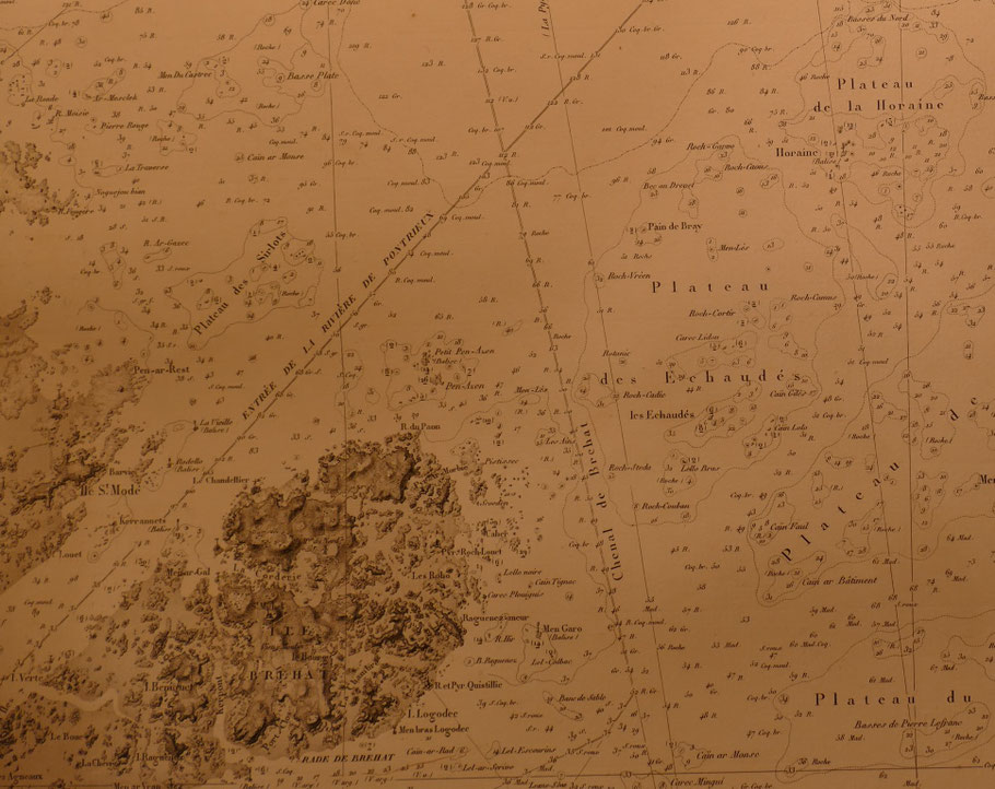 En haut à droite le plateau de la Horaine en bas Bréhat, carte du pilote français  de 1836 (Coll Perso)