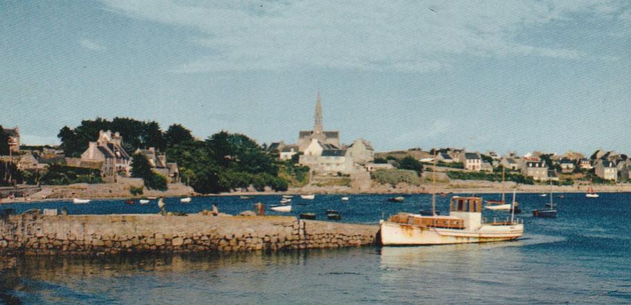 Le Rêve II désarmé à la cale de Pors Kernoc vers 1960
