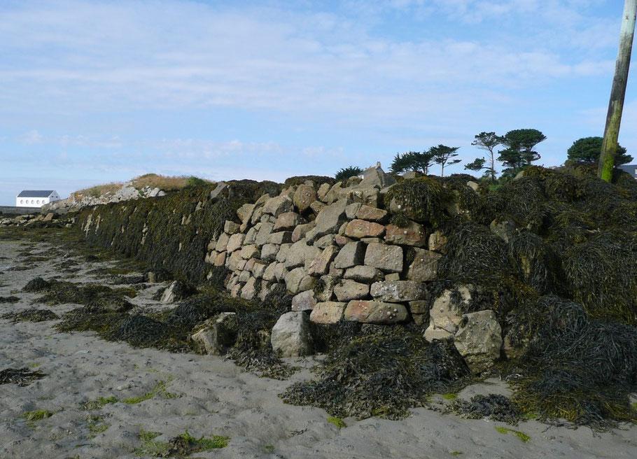 Ce petit mole, appelé chaussée, construit entre 1802 et 1804 abrite Porz an Eog également nommé le vieux port