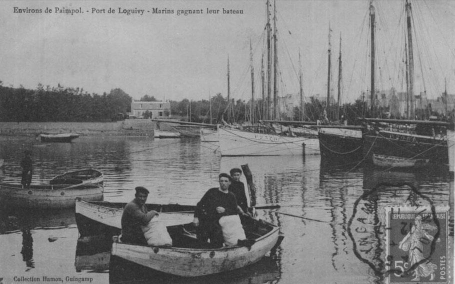 Les équipages des grand sloup sont généralement de quatre hommes : un patron, deux matelots un mousse ou un novice. Chaque sloup a un solide canot  qu'il prend en remorque ou sur le pont