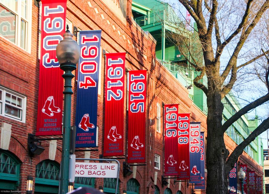 Gruppe datiert Boston Haken aufstellen