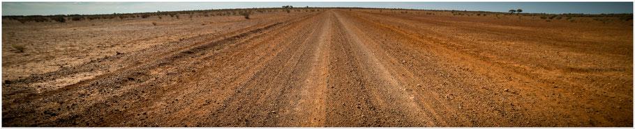 Australien, Australia, Reisebericht Australien, Reisebericht Queensland, Queensland, Outback, Raymond Road, Strasse nach Windorah, Gravel Road, Unsealed Road,