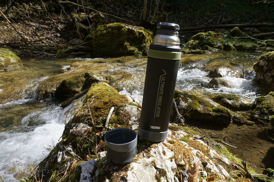 berghundtal, thermos, thermosflasche, mountain beverage bottle