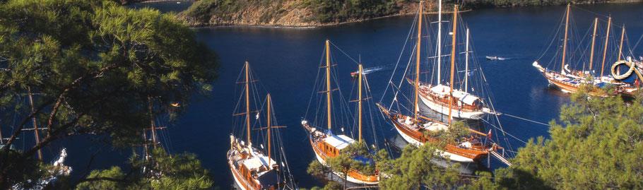 Segelurlaub Türkei Segelreise Ägäis Segeltörn Fethiye Mitsegeln Orhaniye Yachtcharter mit Skipper Goecek Charteryachten