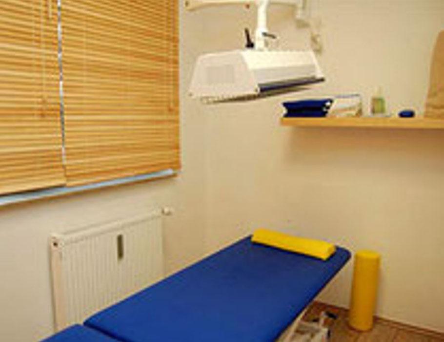 Behandlungszimmer im Therapiezentrum Bramfeld - Leistungen - Krankengymnastik, Physiotherapie, Massage, manuelle Gelenk- & Lymphdrainage, Fußreflexzonentherapie