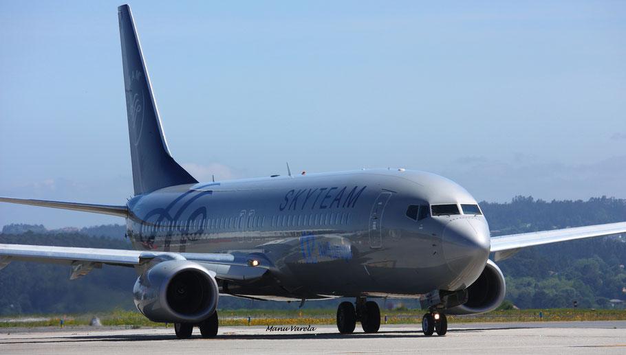 Boeing 737/800 livery Sky Team