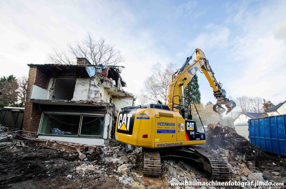 Cat 324E bei Abbrucharbeiten in Gelsenkirchen