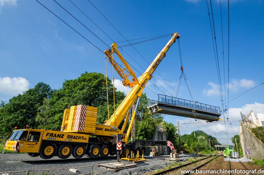 DEMAG AC1600 FRANZ BRACHT hebt Stahlbrücke in Recklinghausen