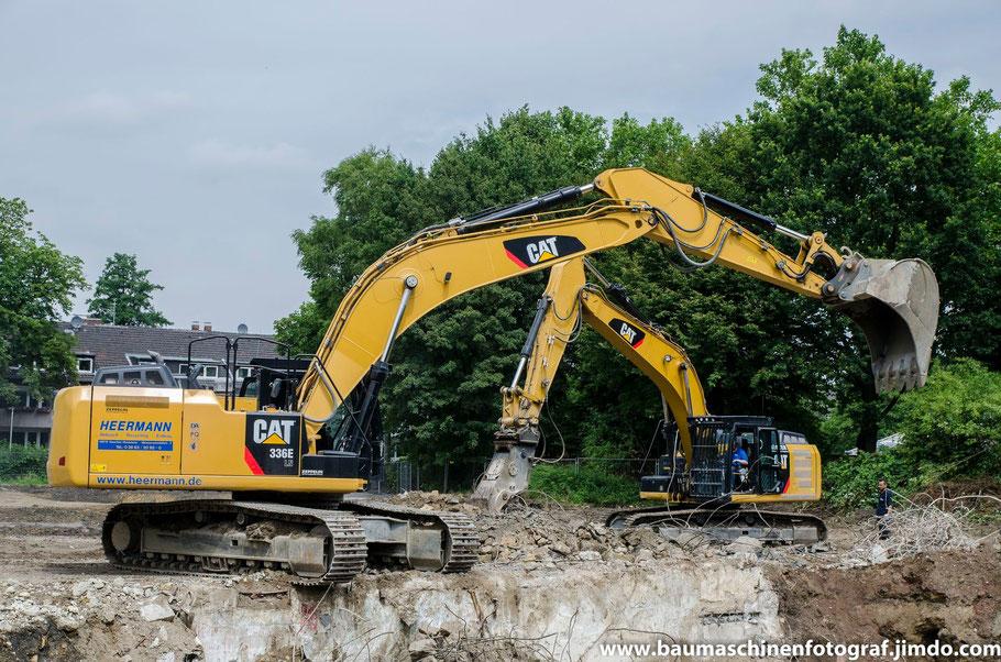 CAT 336 E der Firma Heermann Abbruch, sowie CAT 329 E der Firma Köster Abbruch zusammen in Gelsenkirchen