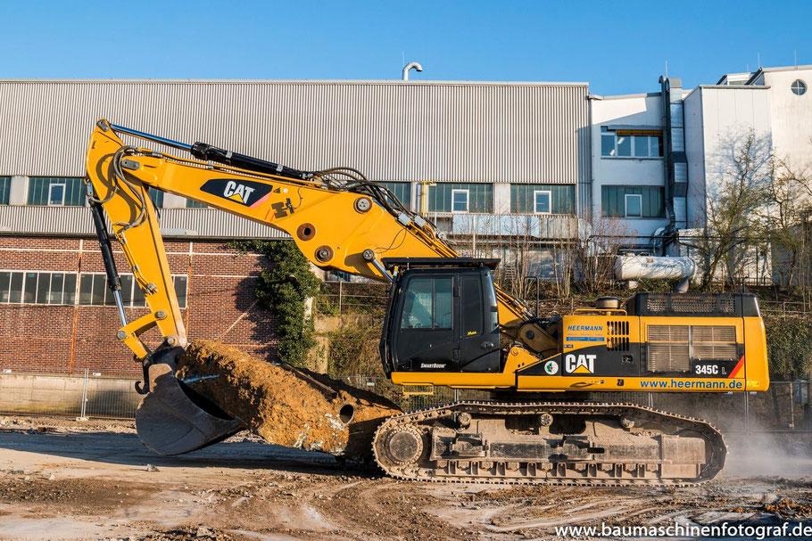 CAT 345 C UHD, CAT 336 E, CAT 324 E, Liebherr LH30 und Komatsu WA 250 der Firma Heermann Abbruch in Remscheid!
