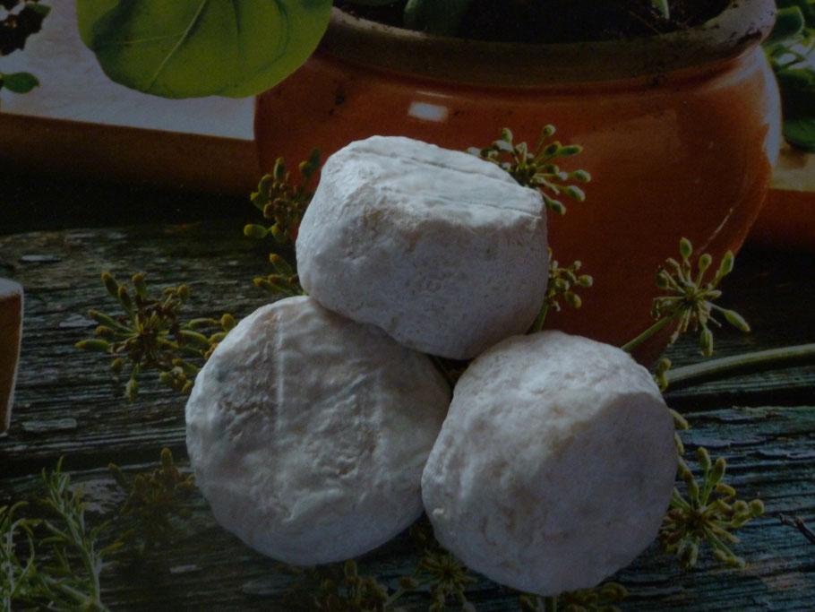 Les P'tits Rom - fromage de chèvre de La pérotonnerie de Rom dans les Deux Sèvres