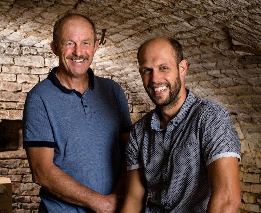 Portrait Laurent et Camille Schaller - producteur de vins à Préhy près de Chablis, en Bourgogne
