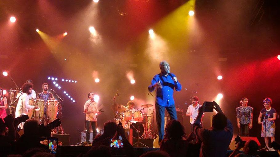 Groupe : GILBERTO GIL Refavela 40. Musiciens à l'image : Gilberto Gil (voix , guitare) Mayra Andrade (voix), Chiara Civello (voix), Mestrinho (voix, a), , Bem Gil (g).... Le dimanche 8 Juillet 2018. Festival Jazz à Vienne 2018.   (Photo) Jc Colletto.