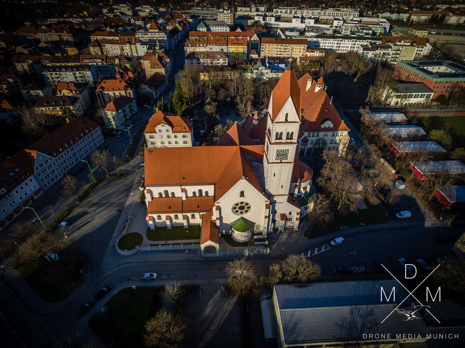 Luftaufnahme Kirche Pasing