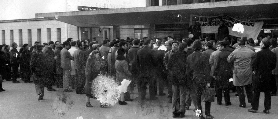 Manifestation à la gare de Laon